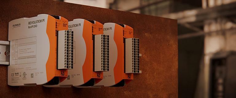 Bild von den Revolution Pi digitalen I/O Erweiterungsmodulen